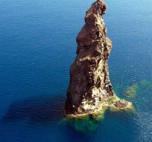 """""""La Canna"""" de l'île Filicudi"""