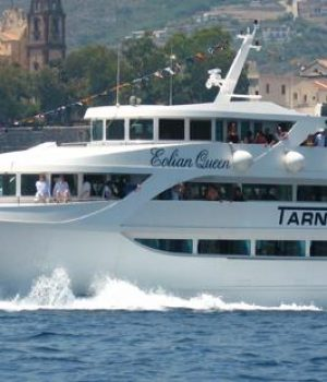 Motor ship for the Aeolian Islands